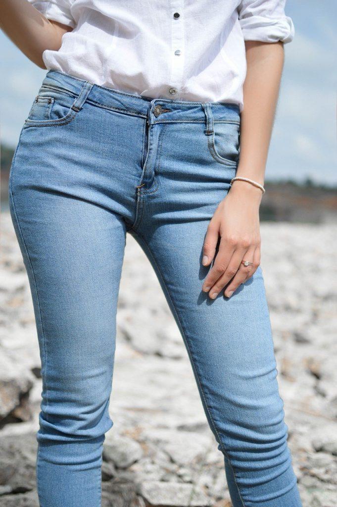 Modèle de jean