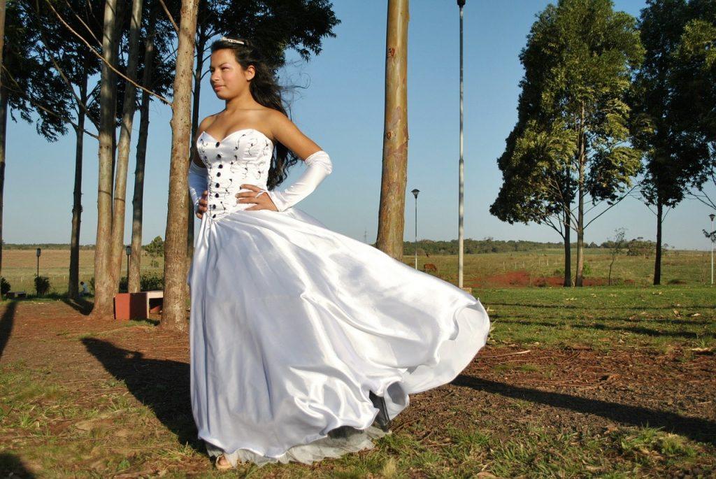 robe longue à ligne évasée
